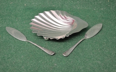 Victorian silver shell shaped butter dish, marked for London...
