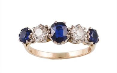AN EARLY 20TH CENTURY SAPPHIRE AND DIAMOND FIVE STONE RING, ...