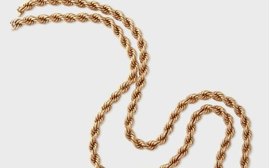 An eighteen karat gold chain
