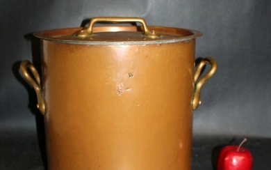French Dehillerin large copper stock pot with lid