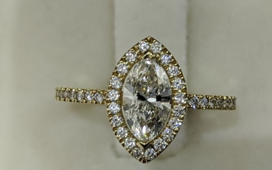 Marquise Halo Engagement Ring - 14 kt. Yellow gold - Ring - 0.70 ct Diamond - Diamonds