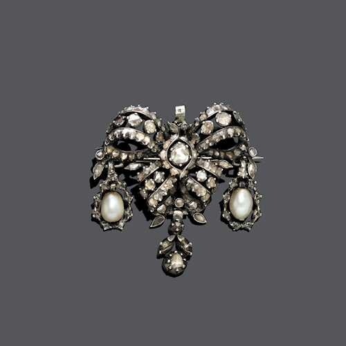 PEARL AND DIAMOND BROOCH, 19th century.