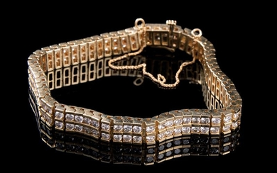 Yellow Gold, Diamond Flexible Bracelet