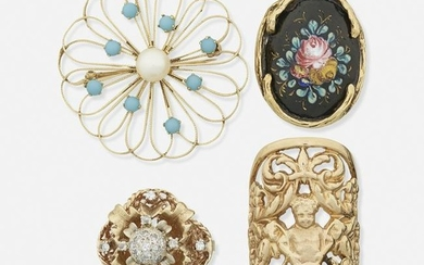 Yellow gold rings and brooch