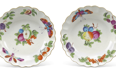A PAIR OF WORCESTER PORCELAIN DESSERT-PLATES, CIRCA 1760-65, RED ANCHOR MARKS