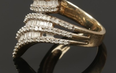 A ladies 9ct gold and diamond set Art Deco ring, size P, 5.8...