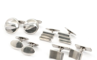 Georg Jensen a.o.: Four pairs of sterling silver cufflinks. One pair Georg Jensen design no. 82. Front L. 1.8–2.1 cm. (8)