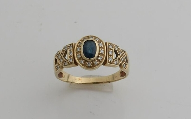 Yellow gold ring, 585/000, with diamond and