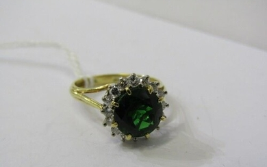 18ct YELLOW GOLD GREEN STONE & DIAMOND CLUSTER RING, Princip...