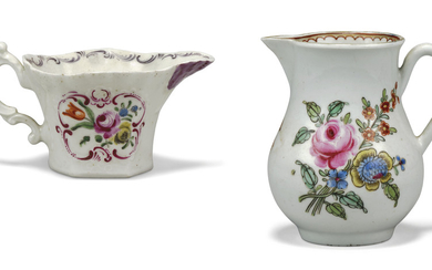 A WORCESTER PORCELAIN BALUSTER CREAM-JUG AND A CREAMBOAT, SECOND HALF OF THE 18TH CENTURY