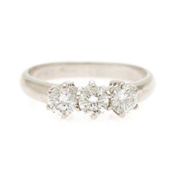 A diamond ring set with three brilliant-cut diamonds totalling app. 0.80 ct., mounted in 18k white gold. Size 53.5.
