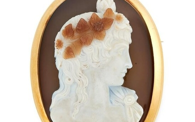 AN ANTIQUE CAMEO BROOCH, 19TH CENTURY in 18ct yellow