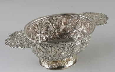 Beautiful silver brandy bowl, Frisian, with passionate