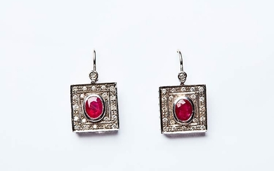 DECO 'GEOMETRIC EARRINGS Pair of handcrafted earrings made in Italy...