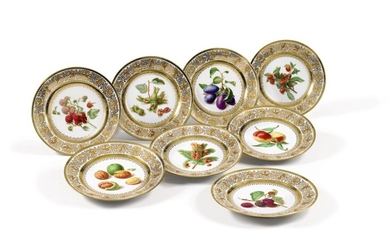 EIGHT SÈVRES PORCELAIN PLATES FROM THE PRINCE OF POLIGNAC SERVICE, LOUIS XVIII, DATED 1822   HUIT ASSIETTES EN PORCELAINE DE SÈVRES DU SERVICE DU PRINCE DE POLIGNAC D'ÉPOQUE LOUIS XVIII, DATÉES 1822