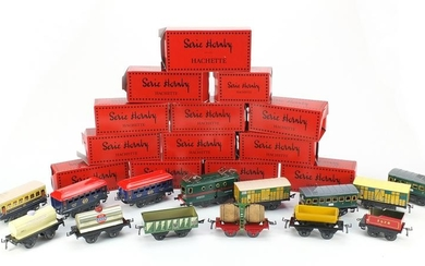 French Hornby tin plate model railway with boxes