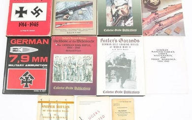 WWII GERMAN MILITARY COLLECTOR REFERENCE BOOK LOT