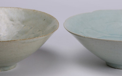 (lot of 2) Two Chinese song-style Qingbai bowls