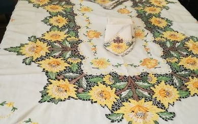 wood island embroidered towel (13) - Linen - Late 20th century
