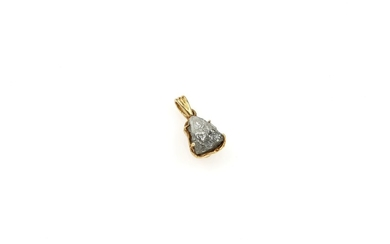 14 kt gold pendant with rough diamond...