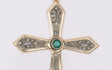 """9K gold and openwork silver """"Cross"""" pendant, decorated with an emerald and rose-cut diamonds. Dimensions: 5.5 x 4cm. Rough weight : 8,4g."""