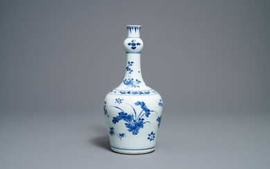 A Chinese blue and white garlic neck bottle...