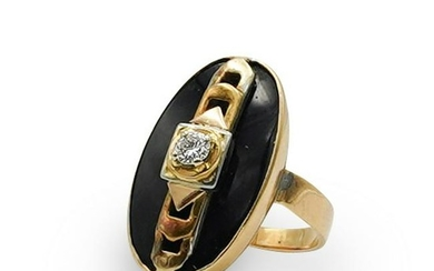 Art Deco 18k Gold, Diamond and Onyx Ring