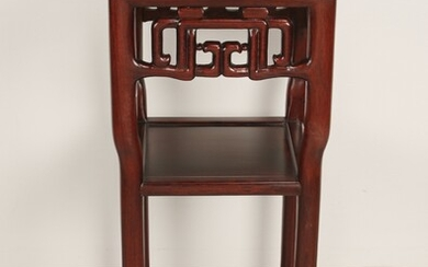 CARVED CHINESE STYLE VASE STAND