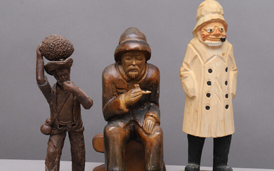 FIGURES, 3 pcs, men with pipe, carved wood & ceramics.