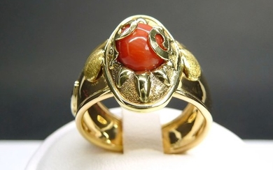 18 kt. Yellow gold - Ring red coral