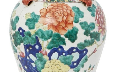 A Chinese porcelain jar, late 19th century, painted in famille...