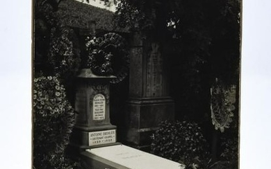 Antique C 1926 Funeral Photograph of a Grave