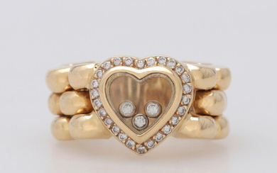 Heart-shaped diamonds ring.
