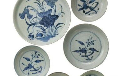 One Chinese plate and five bowls with white-blue