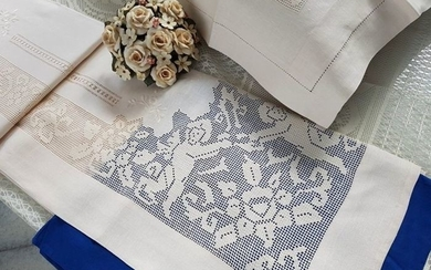 Pure linen sheet embroidery Embroidered by hand - Linen - After 2000