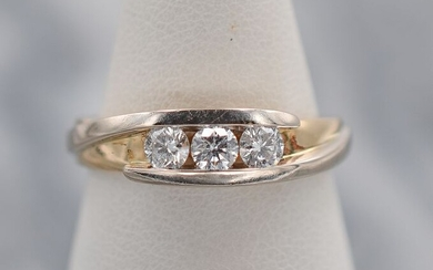 Yellow gold - Ring - Diamonds