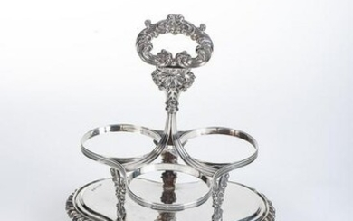 A GEORGE IV SILVER WINE-BOTTLE STAND, THOMAS BLAGDEN &