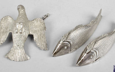 A selection of novelty items to include a pair of boxes modelled as fish, a bird on suspension chain, etc. (6).