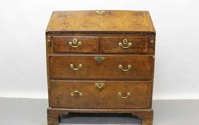 Early 18th century walnut feather banded bureau, with two over two long drawers, 85cm wide