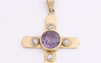 Handmade yellow gold cross, 585/000, with purple stone