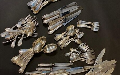 Silver-plated metal kitchenware model net contour comprising 102 pieces including 12 fish knives, 13 dessert forks, 12 dessert knives, 11 large forks, 12 large spoons, 12 small spoons, 12 ice cream spoons, 12 cake forks, 6 oyster forks.