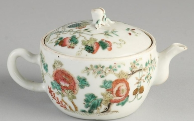 Small 18th - 19th century Chinese porcelain teapot with