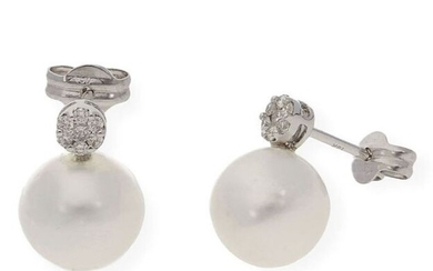18 kt. South sea pearl, White gold, 11.0 mm - Earrings - 0.25 ct Diamond
