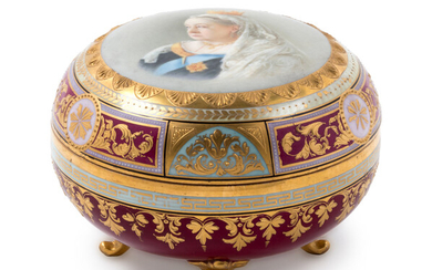 A Vienna Painted and Parcel Gilt Covered Porcelain Box Depicting Queen Victoria