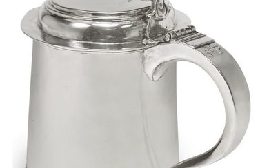 AN AMERICAN SILVER SMALL TANKARD, JOHANNIS NYS, PHILADELPHIA, DATED 1716