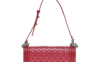 Chanel - Boy Old Medium en cuir matelassé rouge grenat, garniture en métal argenté vieilli Crossbody bag