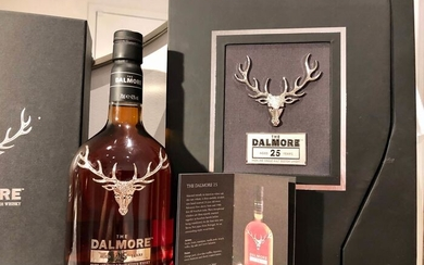 Dalmore 25 years old + with Glasses and Decanter - Original bottling - b. 2019 - 70cl