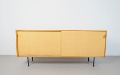 Florence Knoll Sideboard, model 116 for Knoll International