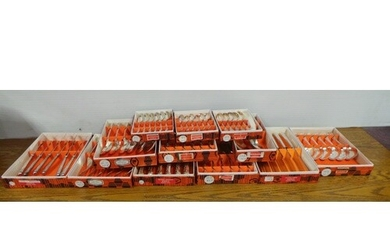 Kings Pattern Boxed Cutlery 68 pieces Dessert Knives x6 Tabl...