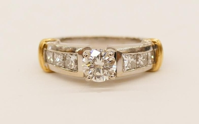 Lady's 1.32ctw Diamond 18k Engagement Ring